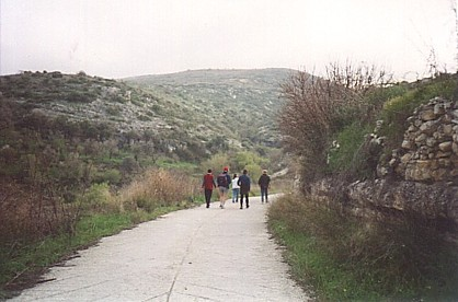 the Cyprus home educators group going for a walk in Kritou Terra